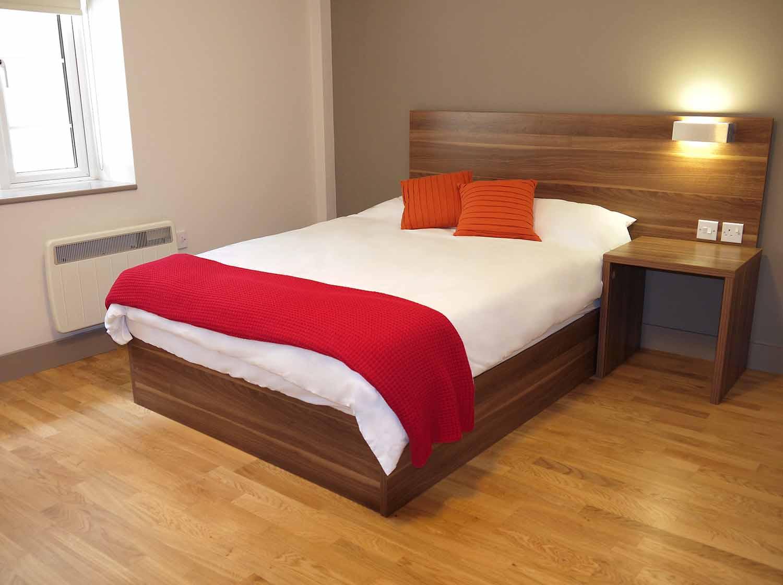 Brighton_Acc_Britannia Study Residence_Bedroom _02