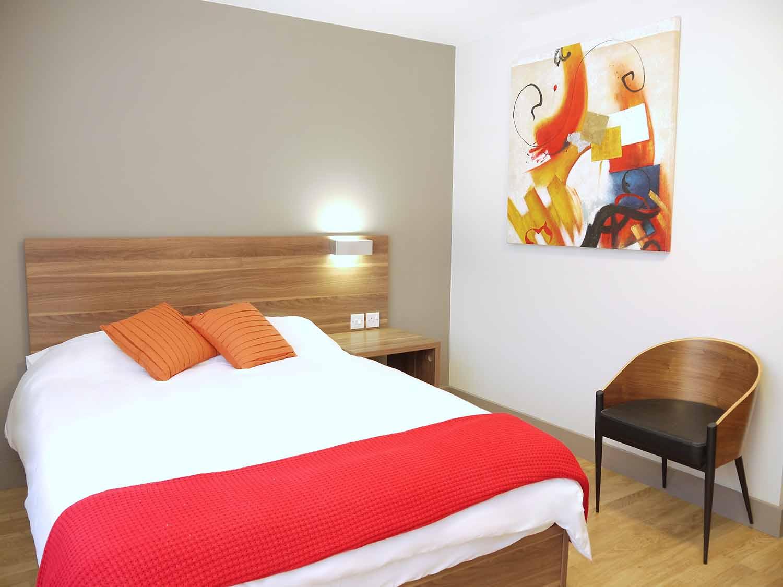 Brighton_Acc_Britannia Study Residence_Bedroom_04