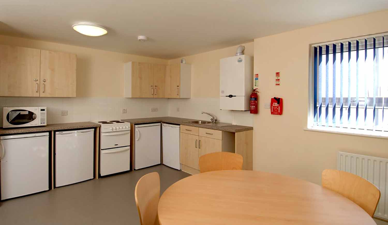 Cambridge_Acc_Sedley Court_Kitchen_01