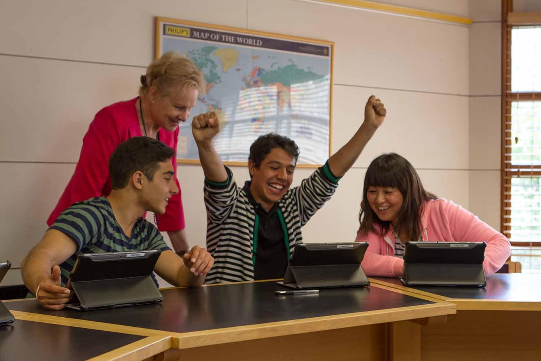 Cambridge_School_Class room_Students_09
