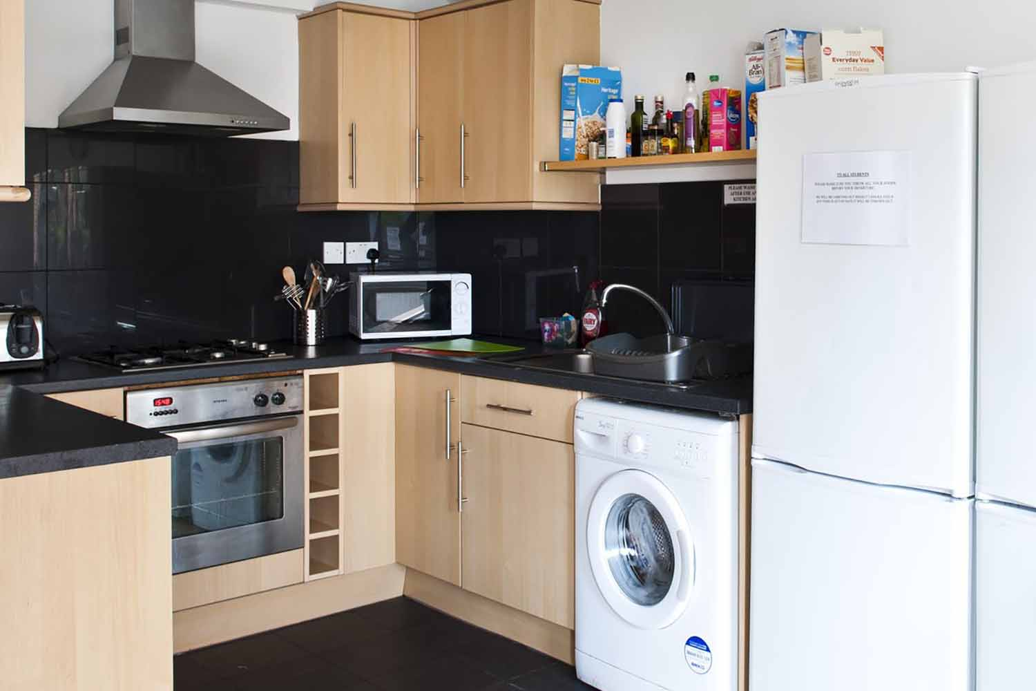 London Eltham_Acc_Shared apartments_kitchen_01