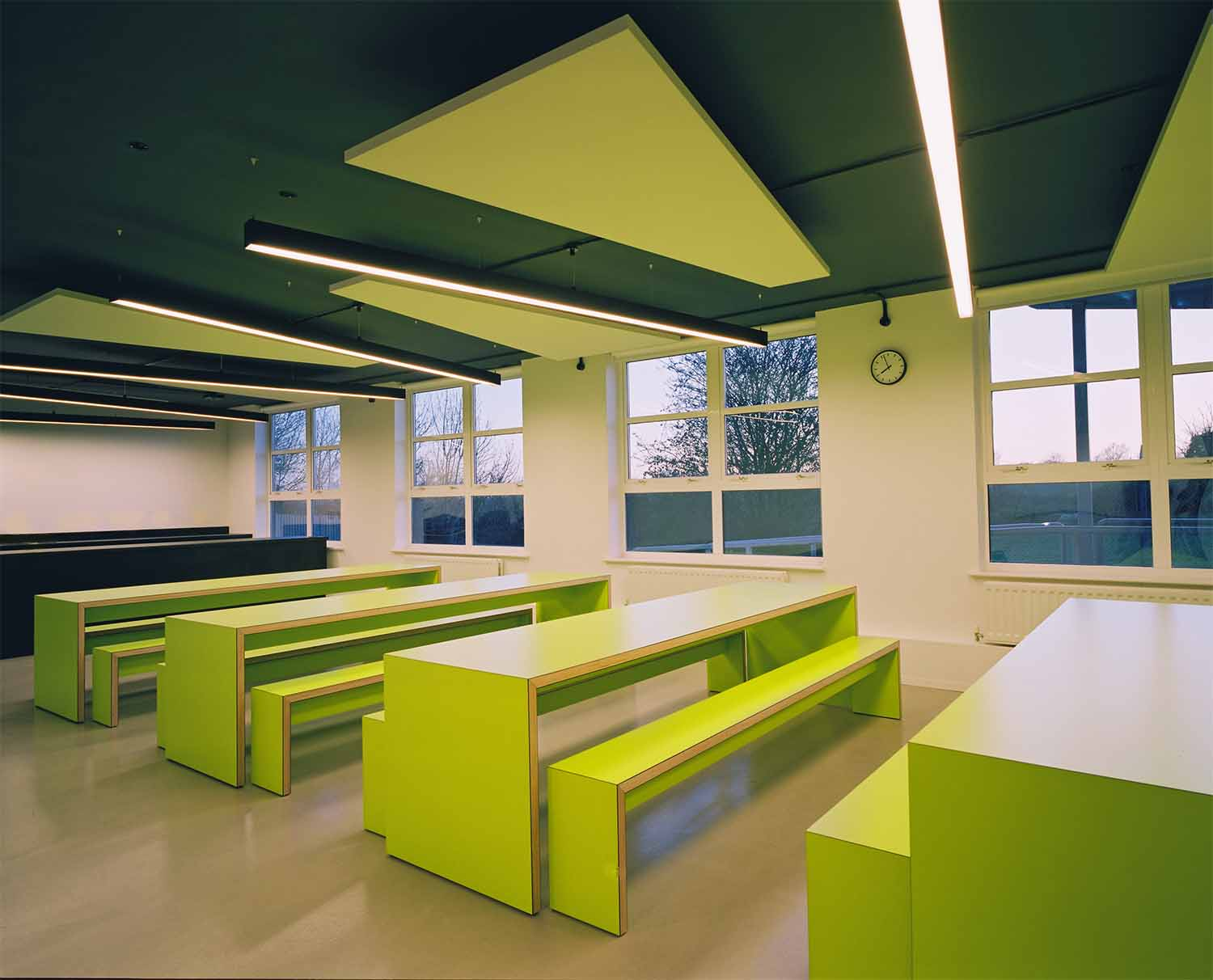 London Eltham_School_Cafeteria_05