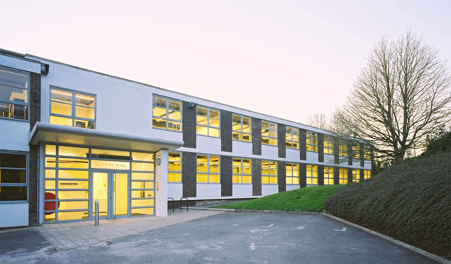 London Eltham_School_Exterior_06