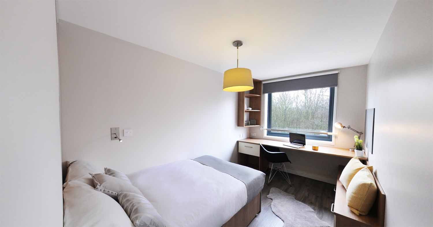 london_central_acc_chapter_islington_residence_gold_bedroom_01-1