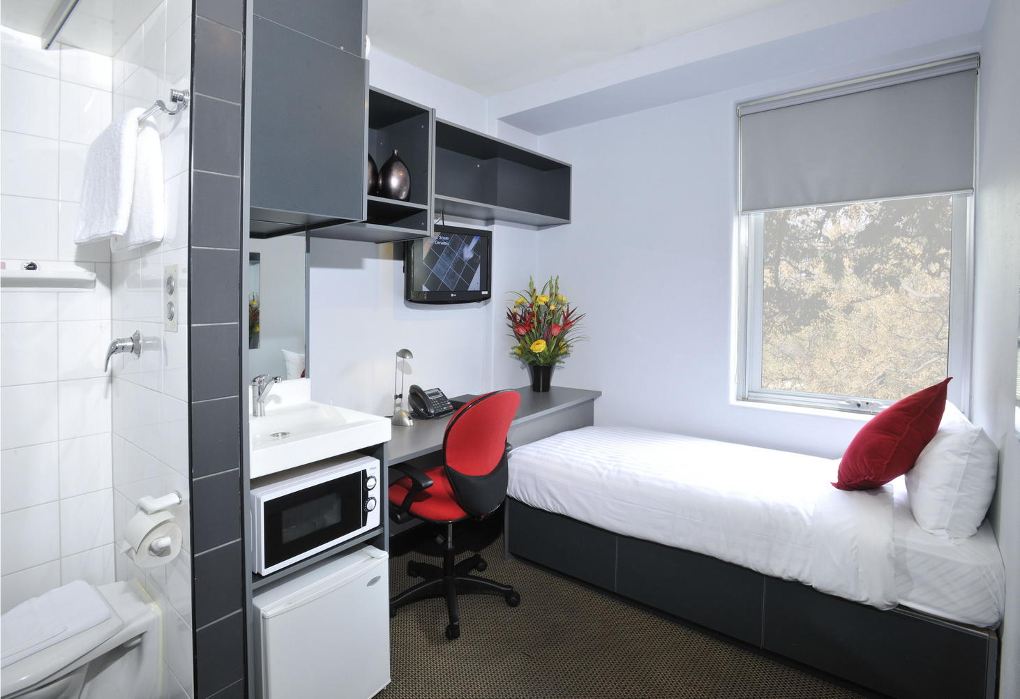 melbourne_acc_le_student_8_residence_bedroom_01_1