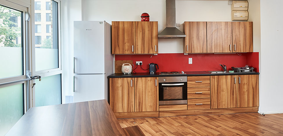 shared-kitchen_976x472